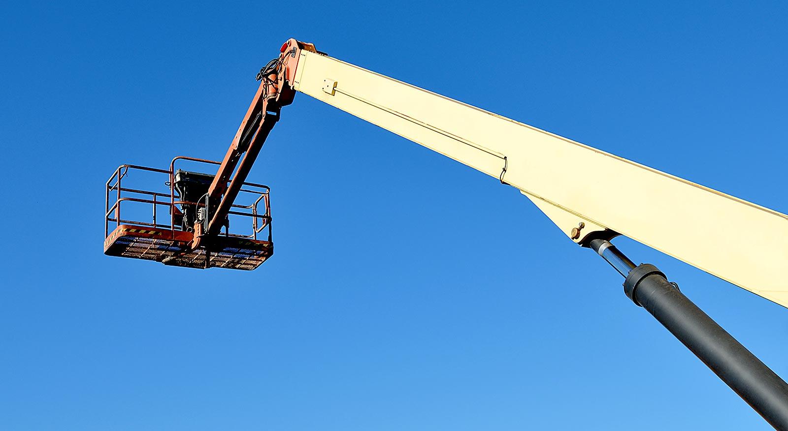 Treinamento de plataforma elevatória móvel